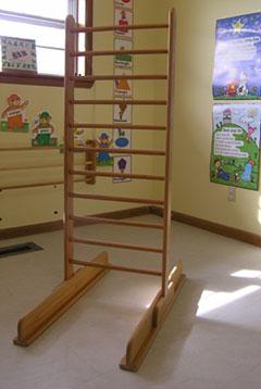 Petö furniture piece: One wooden walking ladder.